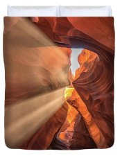 light-in-the-canyon-framing-places